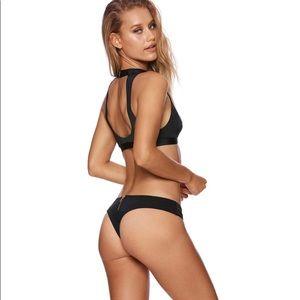 Beach Bunny Swim - Beach Bunny: Zoey swimsuit top - S